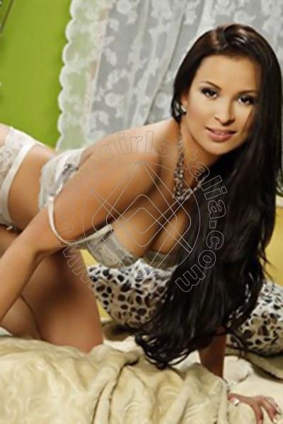 Lara Brasil GINSHEIM-GUSTAVSBURG 004915171329586
